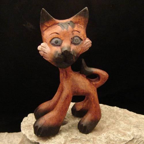 Schnitzerei Katze stehend