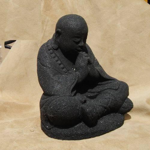 Buddha Stein sitzend 15cm