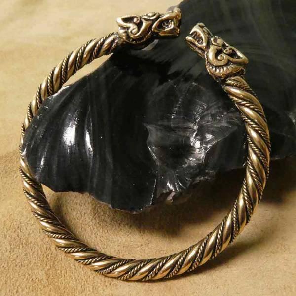 Wikinger Armreif Bronze Himmelswölfe