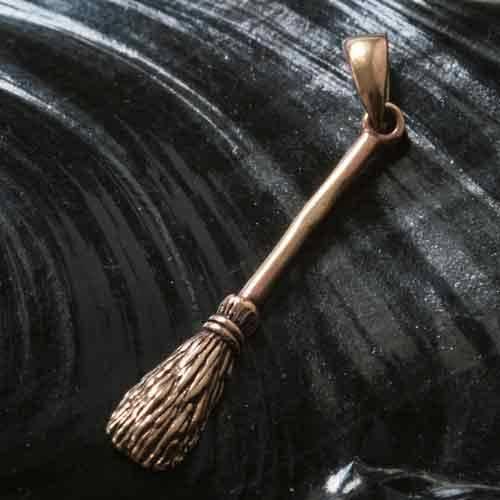 Hexen Kette Bronze Hexenbesen