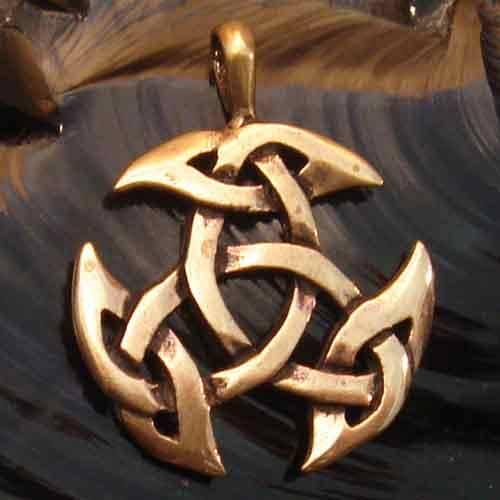 offene Dreifalt keltischer Bronze Anhänger