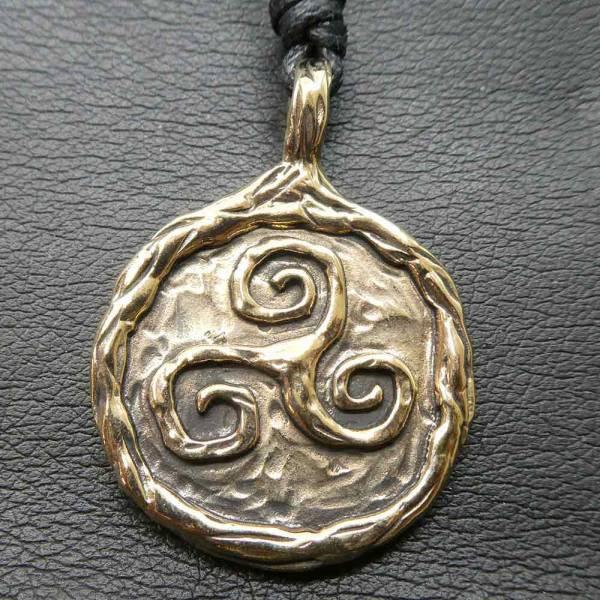 Triskel Schmuck Bronze keltisch Kette