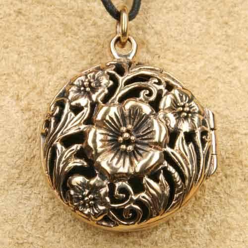 Medaillon Anhänger Bronze Blume