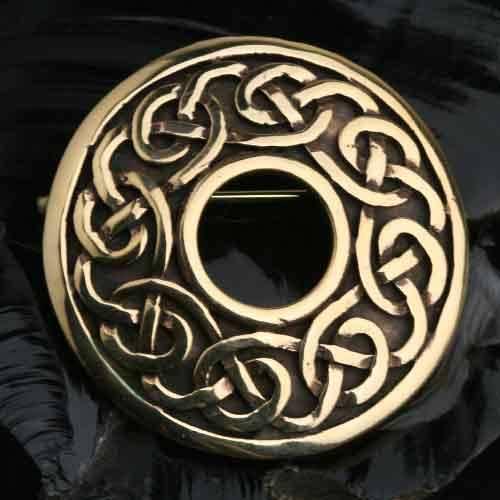 Keltische Brosche Keltenknoten aus Bronze