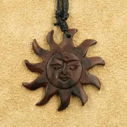 Sonne Schmuck Anhänger Holz Matahari