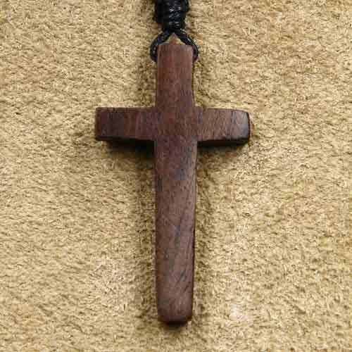 Kreuz Holzschmuck christlicher Anhänger
