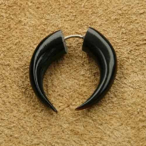 Ohrschmuck Fake Sichel aus Horn und Silber