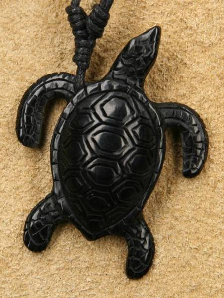 Schildkröte Schmuck geschnitzt aus Horn